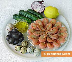 Салат из креветок с огурцами