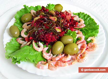 Салат из морской капусты с креветками