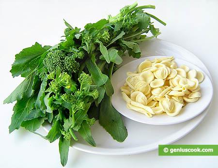 """Ингредиенты для пасты """"маритати"""" с листьями брокколи"""