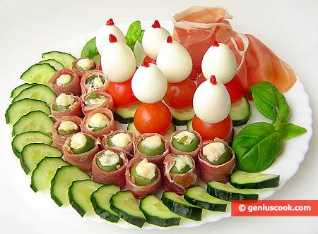 Закуска с фаршированными оливками