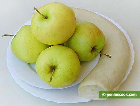 Ингредиенты для яблок в хрустящей корочке