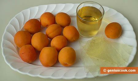 Ингредиенты для желе из абрикосов с белым вином