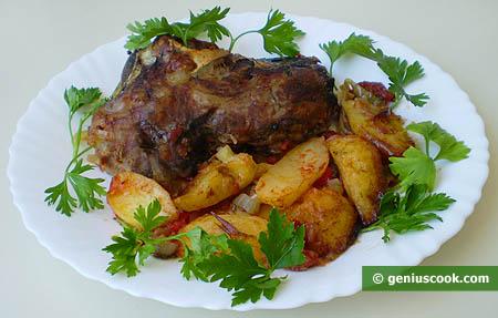 Голова барашка, запечённая с картофелем