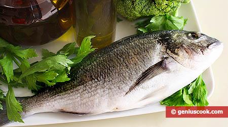 Рыба, зелень, вино и масло спасают от слабоумия