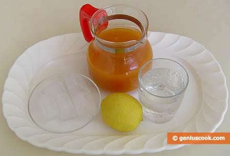 Ингредиенты для абрикосово-лимонного коктейля