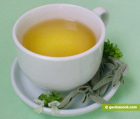 Белый чай эффективно сжигает жиры