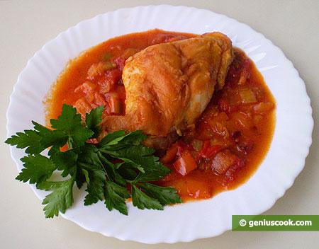 Кролик в томатном соусе со сладким перцем и карри