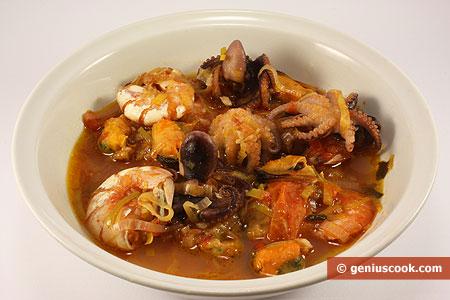 Суп из осьминогов, креветок и мидий