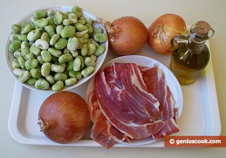 Ингредиенты для бобов с луком и ветчиной