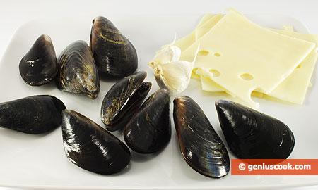 Ингредиенты для мидий с сыром
