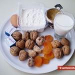 Ингредиенты для булочек с орехами