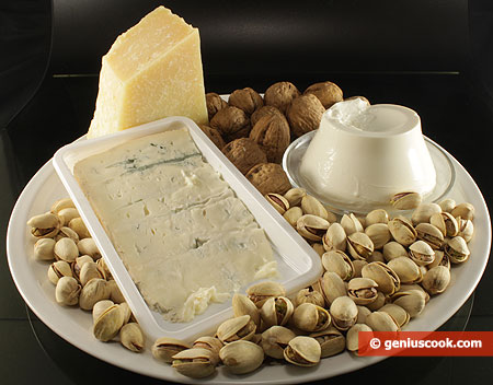 Ингредиенты для сырно-ореховой пасты