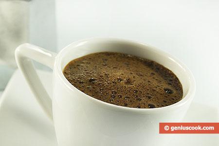 Ароматный, густой кофе эспрессо