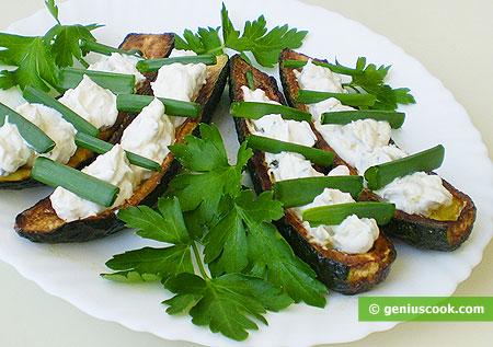 Цуккини с сыром Филадельфия, зелёным луком и чесноком