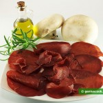 Ингредиенты для карпаччо с брезаолой и грибами