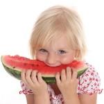 Арбуз полезен для детей и взрослых