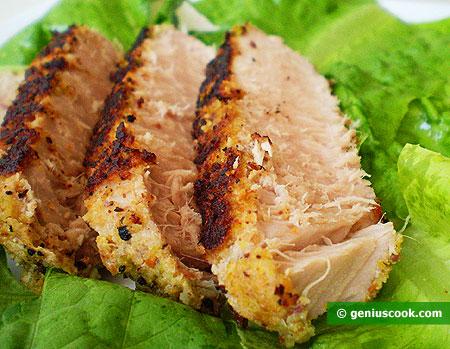 Филе тунца по-сицилийски, с фисташками и каперсами