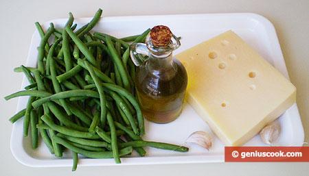 Ингредиенты для салата со спаржевой фасолью и сыром