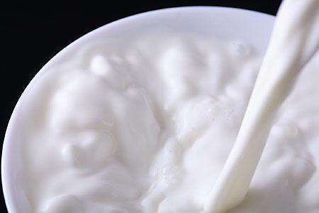Полезен натуральный йогурт