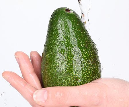 Авокадо - зелёное масло в кожуре