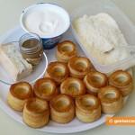 Ингредиенты для корзиночек с кремом из сыра и трюфелей