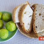 Ингредиенты для кростини с белым инжиром