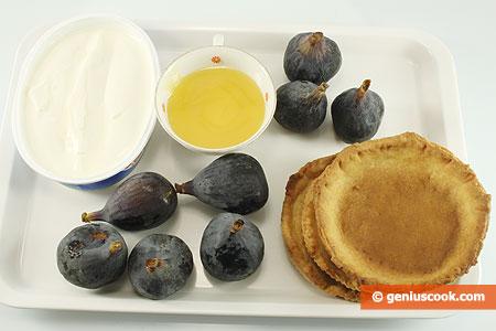 Ингредиенты для корзинок с инжиром и сыром Филадельфия