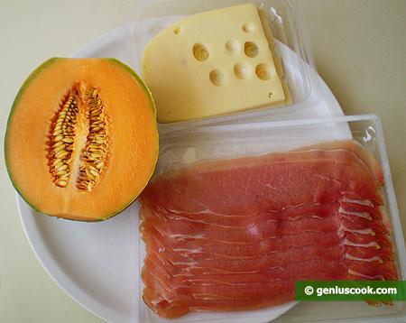 Ингредиенты для закуски из ветчины и дыни