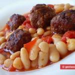 Ингредиенты для тефтелей в соусе с фасолью
