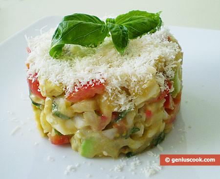 Салат с авокадо, сыром и помидорами