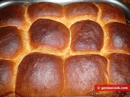 Готовые булочки в сливках