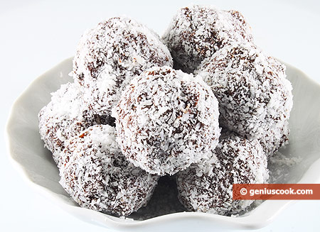 Шоколадные трюфели с изюмом, в кокосовой стружке