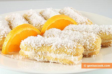 Пирожные из печенья Павесини с кокосовой стружкой