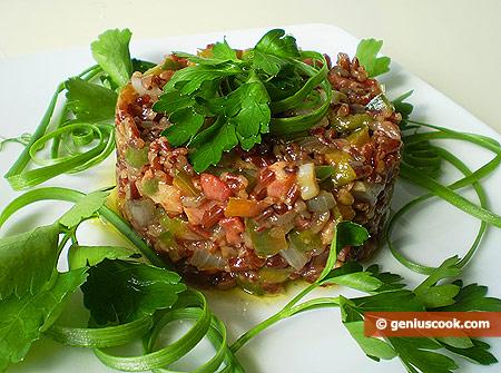 Коричневый рис с панчеттой и овощами