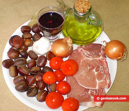 Ингредиенты для жаркого из свинины и каштанов