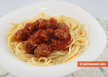 паста с фрикадельками в томатном соусе фото рецепт