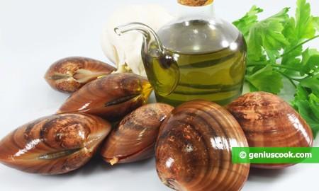 Ингредиенты для белого соте с моллюсками
