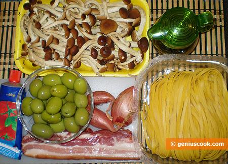 Ингредиенты для Тальятелле с панчеттной, грибами и оливками