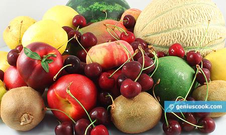 Разнообразные фрукты защищают от рака