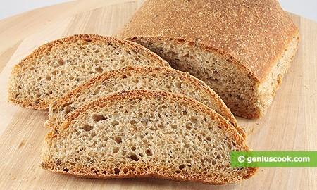 Цельнозерновой хлеб с льняными семечками и кунжутом