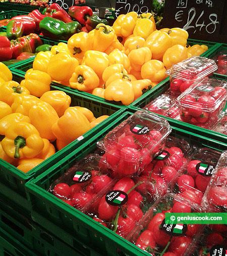 Перец, помидоры