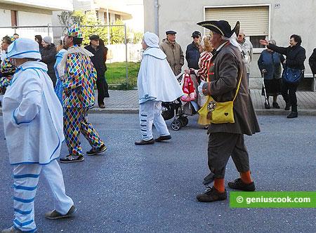 Карнавальная процессия