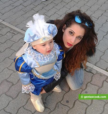 Красивая мама и очаровательный малыш