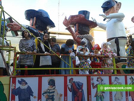 Карнавальная повозка