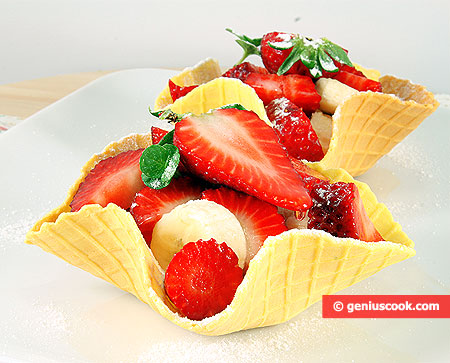 Вафельные корзиночки с фруктами