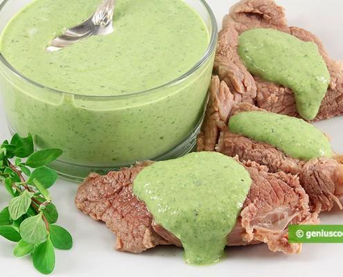 Франкфуртский зеленый соус с варёной говядиной