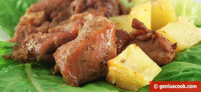 Индейка с Картофелем, Луком и Пряными Травами. Вкусная и Сочная!